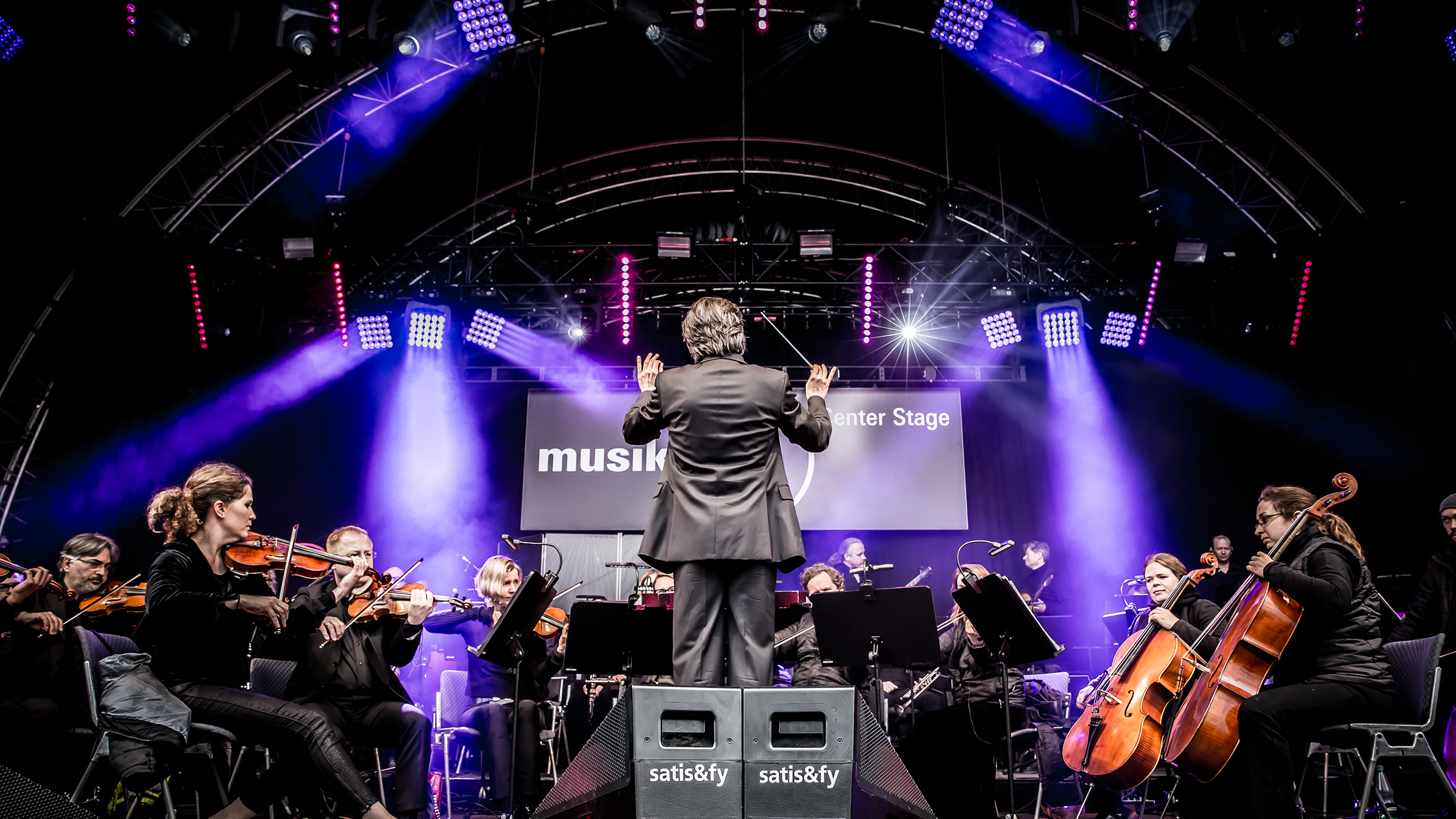 Neue Philharmonie Frankfurt (orchestra) at the Center Stage at Musikmesse